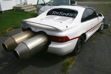 Toyjunkies jet powered toyota mr2 on geo metro engines